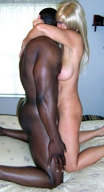 Dirty blonde milf bangs with black stud and receives facial