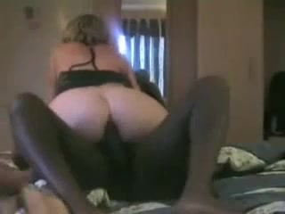 amateur wife fucking another man